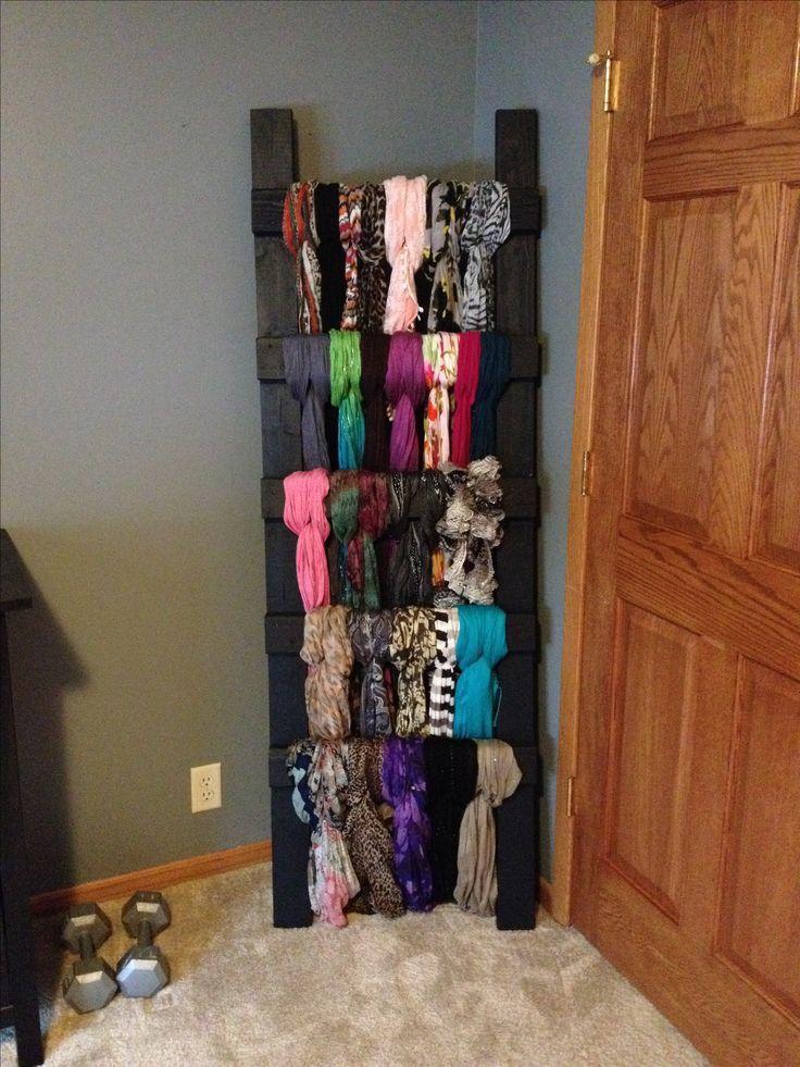 DIY scarf holder!