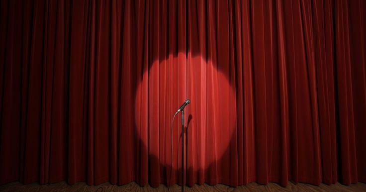 ¿Por qué es importante la iluminación en el teatro?. El diseñador de iluminación es una de las personas más importantes involucradas en la producción de una obra de teatro y también es una de las más poco apreciadas. En muchas obras, la mejor iluminación es la que parece más natural y a menudo es imperceptible. La contribución de un diseñador de iluminación a una pieza teatral proporcionará un ...