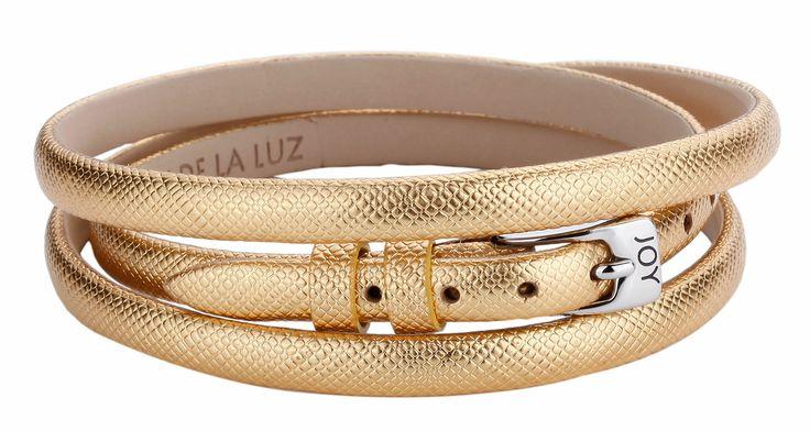Joy de la Luz | Leather buckle bracelet gold €24,95