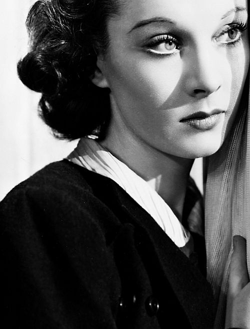 Vivien Leigh...so beautiful...