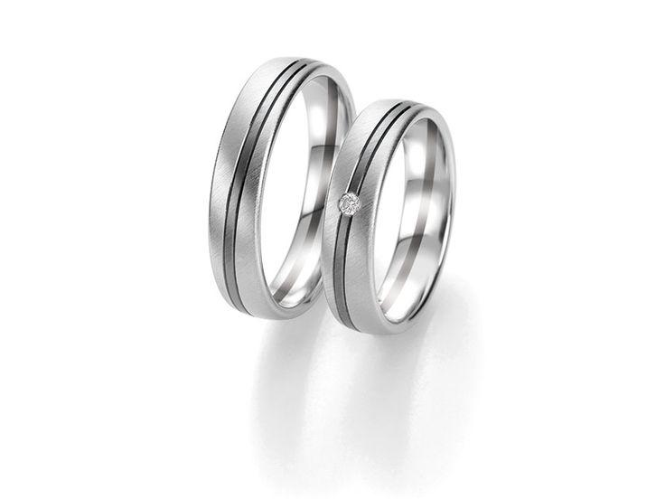 BREUNING - Elegant wedding ring, diamonds with sparkling rays - 48063210, my wedding band