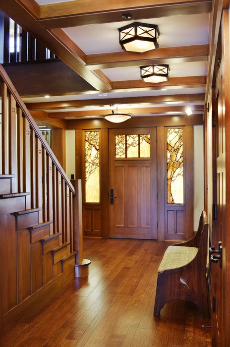 Best 10 craftsman style interiors ideas on pinterest for Craftsman house interior