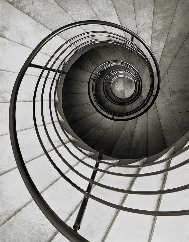 Bankhaus Nicolai, Braunschweig - Heinrich Heidersberger - pictures, photography, photo art online at LUMAS
