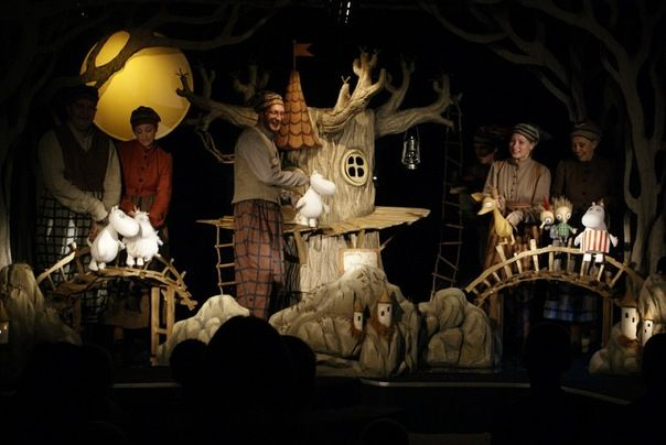 Moomin + puppet theatre = best possible combination