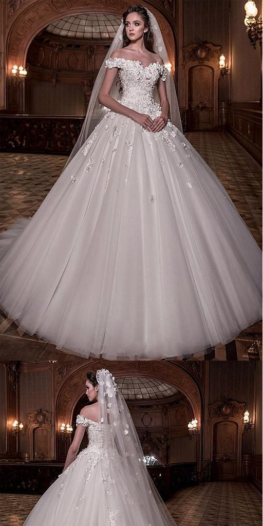 Stunning A-line Tulle Off-the-shoulder Ball Gown Wedding Dress With Lace Appliques