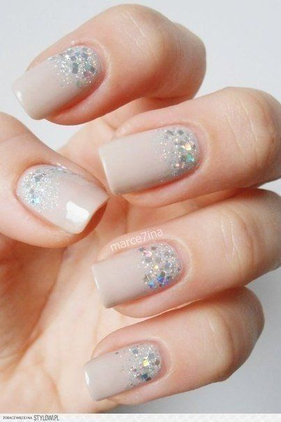 Accurate nails, Beautiful nails 2016, Beige gel polish, Beige nail polish with sparkles, brilliant nails, Everyday nails, Fall nails 2016, Nails ideas 2016