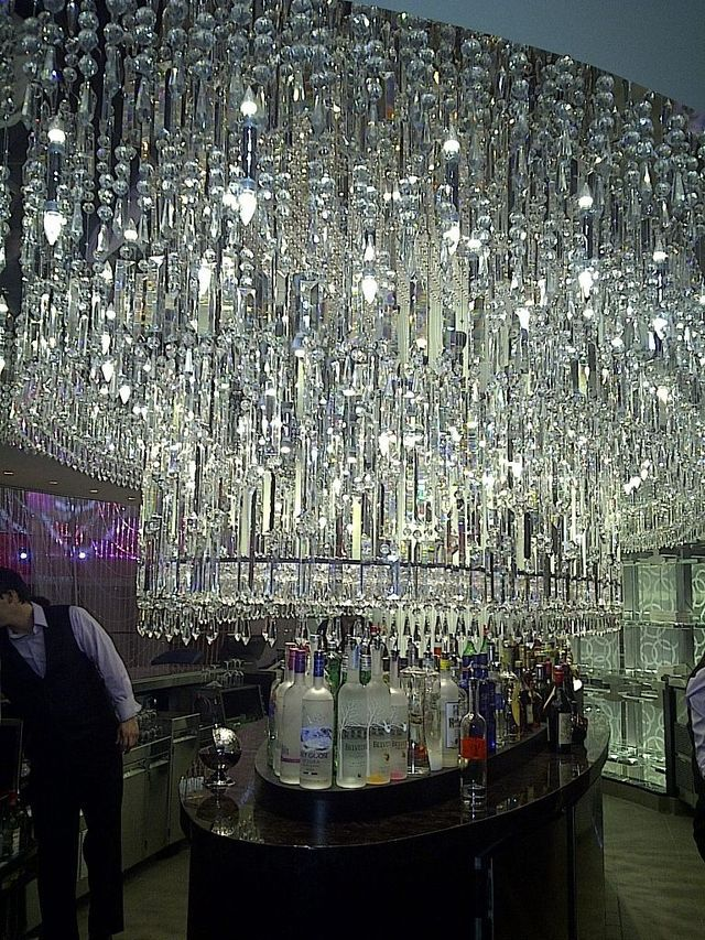 Pictures Of The Cosmopolitan Hotel Las Vegas Chandelier Bar At