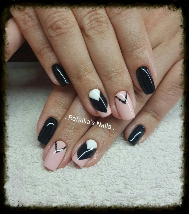 #Shellac #Square_Nails #Black #Pink #White 💅💅💅