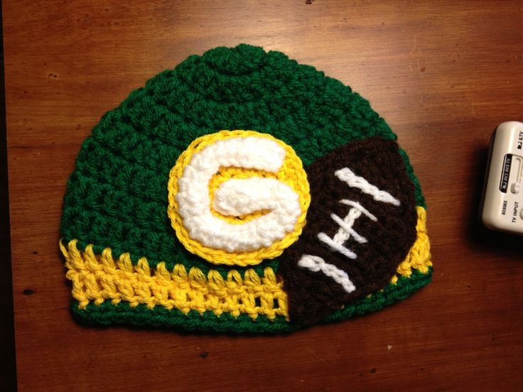 Crochet Green Bay packer hat