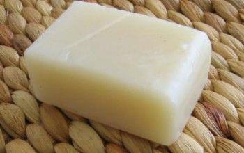 Come fare il sapone fatto in casa: sapone all'olio d'oliva  <3