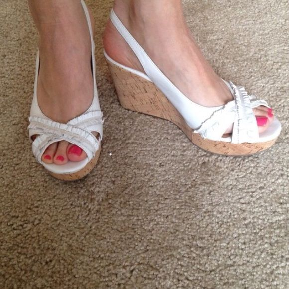 """Aldo white wedge shoes Aldo white wedge shoes. 3"""" heel. Sling back. Ruffle detail along peep toe. Great used condition. ALDO Shoes Wedges"""