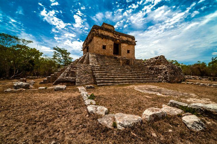 https://flic.kr/p/ueaVZg | templo-siete-muñecas-dzibilchaltun-mexico-carlota-fernandez