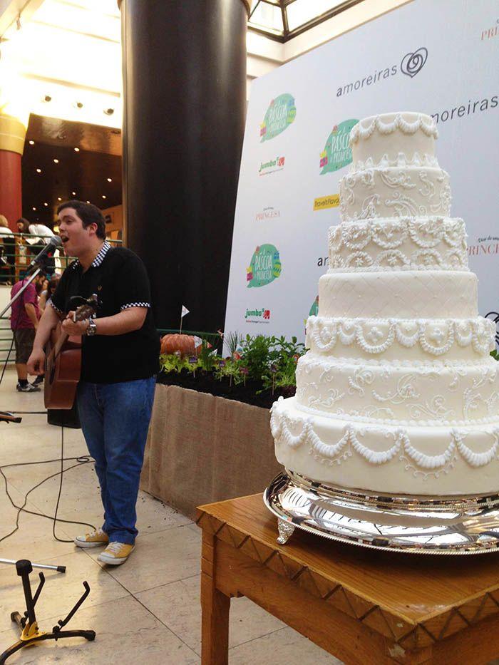 Bolo de Noiva Decorado com Glacé Real ♥ Wedding Cake Decoration with Royal Icing ♥ Julie Deffense <3 www.cake.pt