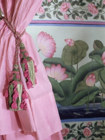 Tassels, Pink Curtains and Painted Walls suite at Udaipur hotel