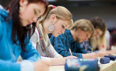 La Universidad Católica de Ávila (UCAV) prepara a los alumnos para la Prueba de Acceso a la Universidad http://revcyl.com/www/index.php/educacion/item/2702-la-universidad-cat%C3%B3lica-de-%C3%A1vila-ucav-prepara-a-los-alumnos-para-la-prueba-de-acceso-a-la-universidad