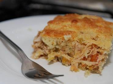 Receita de Torta de frango de liquidificador deliciosa e fácil - Tudo Gostoso