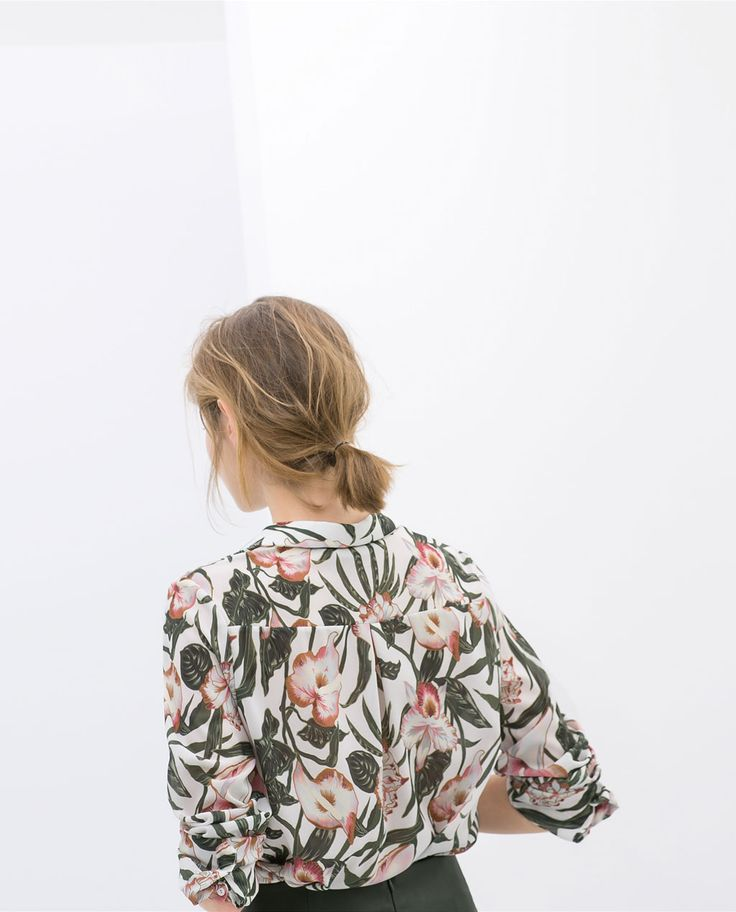 Image 4 of PRINTED SHIRT-STYLE BLOUSE from Zara