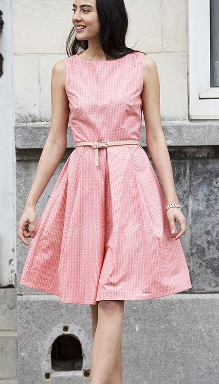 Gratis werkbeschrijving voor retro jurk - Burda patroon