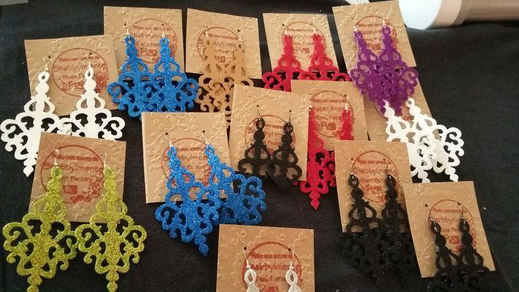 Orecchini in gomma glitter e pelle #fommy##fommyjewelery##shabbylmentegianefactory#