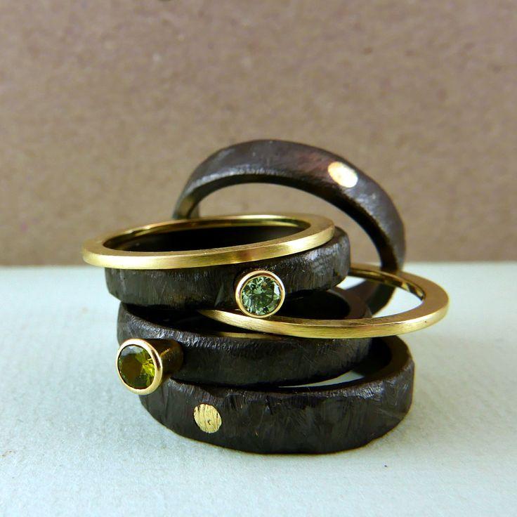 Zirkonium en geel gouden ringen