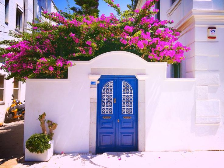 Colour inspiration for your Bodrum Home. Blue White and Pink. What a combination.