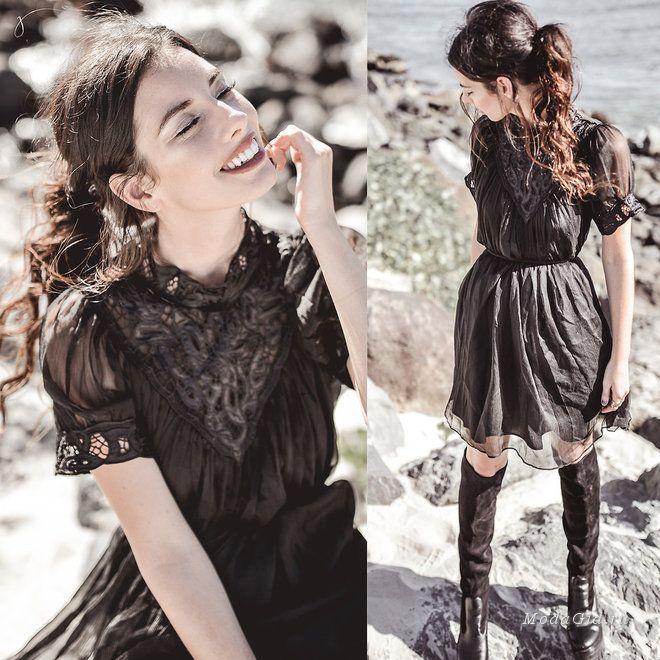 Модницы любят маленькие черные платья за универсальность и скромную красоту, вот почему этому предмету гардероба отводится почетное место в уличной моде. Даже если за окном лето, для маленького черного платья всегда найдется повод, поэтому вашему вниманию сегодня подборка самых интересных модных луков этого лета с черными платьями.