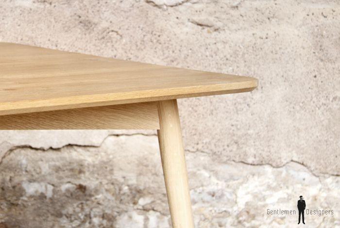 Table Repas En Chene Massif Et Pieds Compas Pour 6 Personnes Avec Images Table Bois Table Mobilier Design