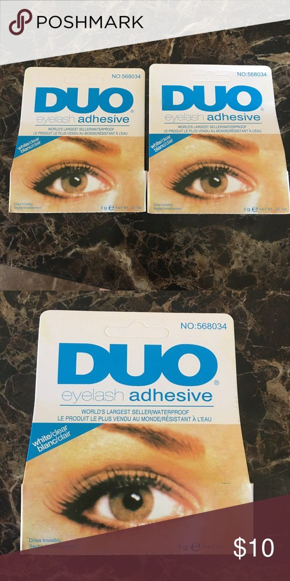 Set Of 2 Duo Eyelash adhesive clear/white World's Largest Seller / Waterproof   Dries invisibly.   Ingredients:Water, Cellulose Gum, Sodium Dodecylbenzene Sulfonate, Rubber Latex, Fragrance (Parfum) (Parfum), Formalin Solution, Ammonium Hydroxide Makeup False Eyelashes