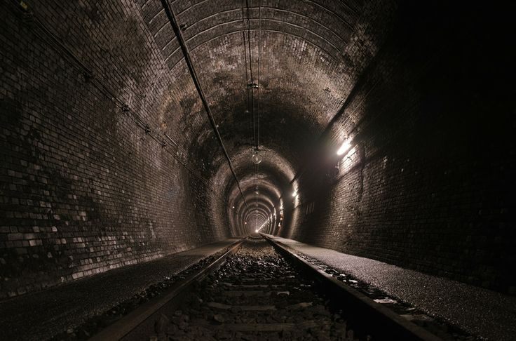 500px / Tunnel by nao sakaki