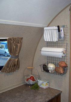 Ed N Lynn mod to our R-Pod 179 kitchen
