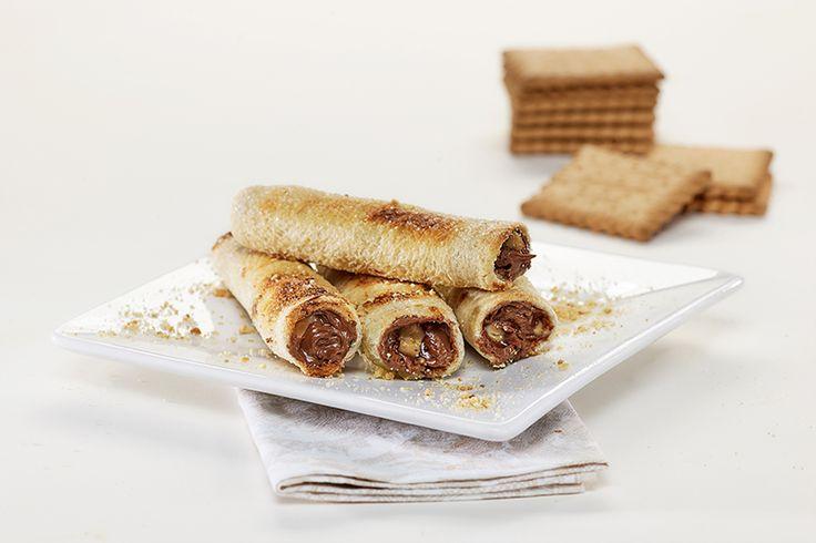 """Γλυκά μπαστουνάκια γεμιστά με ψωμί για τοστ """"Γεύση στο Τετράγωνο"""" ΠΑΠΑΔΟΠΟΥΛΟΥ Σίτου και μπισκότα ΠΤΙ-ΜΠΕΡ ΠΑΠΑΔΟΠΟΥΛΟΥ"""