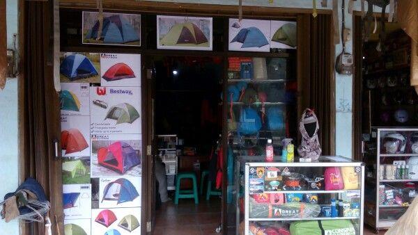 Rental camping jatinangor Jl.raya jatinangor 14 Cibeusi Dekat hotel dan gerbang jatinangor