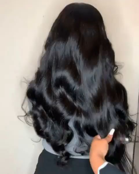 Very beautiful and natural hair weave. It is gorgeous. How do you like?