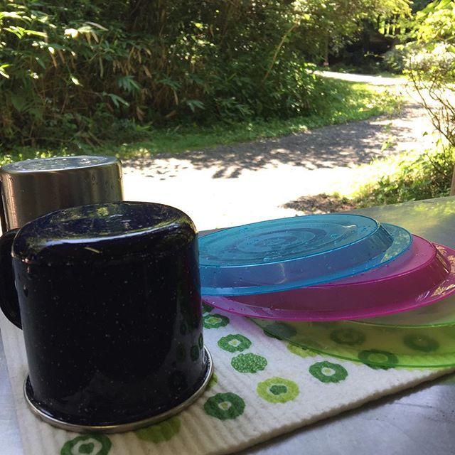 【ecomfort_eoct】さんのInstagramをピンしています。 《森のフキンの水切りワイプは、乾きが早く携帯に便利だからキャンプで重宝します。  www.ecomfort.jp  #キャンプ#キャンプ道具#アウトドア#キッチン#雑貨#便利#フキン#森#水切り#スポンジワイプ#ecomfort#表参道》