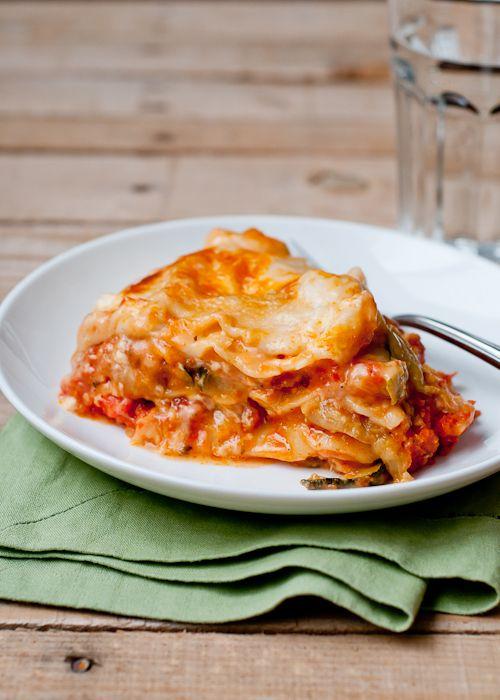 Slow Cooker Roasted Vegetable Lasagna for dinner via makeandtakes.com
