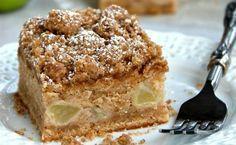 Κέικ με μήλο και σταφίδες
