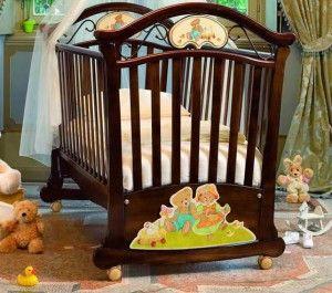 кроватка с колесиками