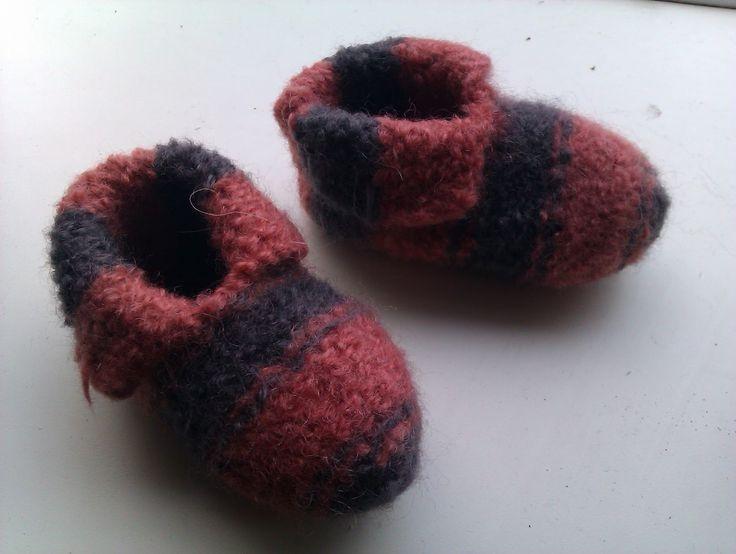 Så skulle der filtes futter til de små fødder og her er et link til opskriften hos en anden blogger: http://frkenfiil.blogspot.com/2010/01/...