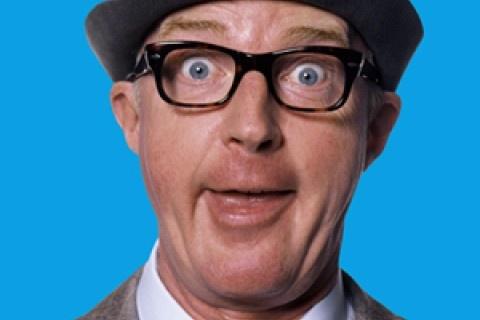 André van Duin  Met zijn humor maakt André van Duin Nederland al bijna 50 jaar aan het lachen.  Als onderdeel van de tentoonstelling over André van Duin, verzorgen wij een speciale Beeld en Geluid Humorworkshop waarin je aan de hand van archiefmateriaal van Beeld en Geluid op een originele en verfrissende wijze de kracht van humor kennen. Je ontdekt op speelse wijze welk soort humor je zelf gebruikt - want humor zit in iedereen - en hoe je deze kwaliteit wat meer kunt gebruiken.