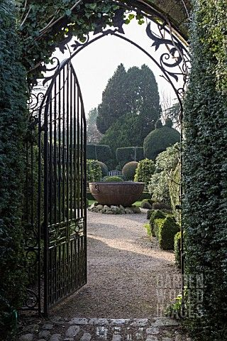 Abbey House Gardens.