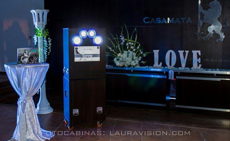 Te invitamos a la experiencia de alquilar una fotocabina de lauravision. Whatsapp: 310 326 72 01 #alquiler de fotocabinas # photocall # fotocol # photocabinas # eventos Cartagena # recordatorios para bodas