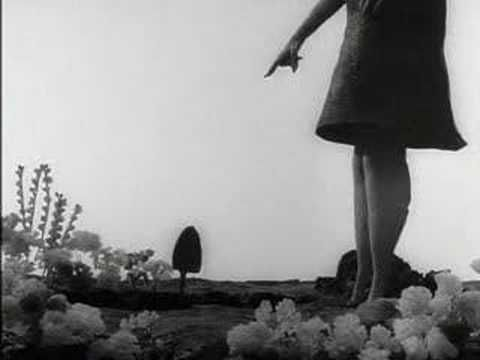 Les Temps Morts - René Laloux (1964) - YouTube