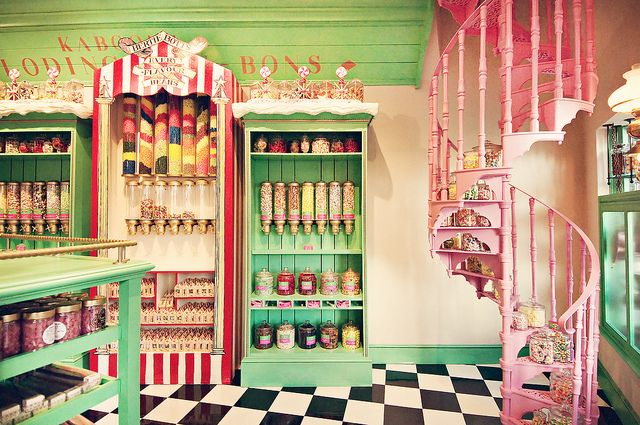 Honeydukes    A look inside Honeydukes Sweet Shop at the Wizarding World of Harry Potter. Somehow we were the only people in the store at the time.
