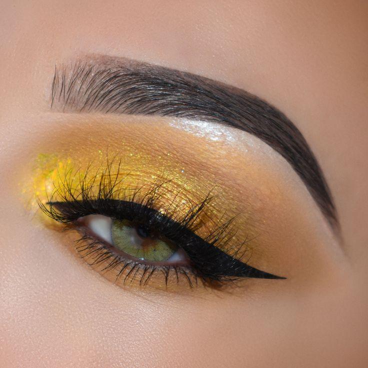 сотенные гифы макияж глаз растения