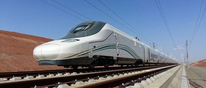 Las empresas españolas están presentes en 50 proyectos ferroviarios desarrollados actualmente en el exterior y gestionan casi el 40% de las principales concesiones de transportes del mundo, según el Gobierno.