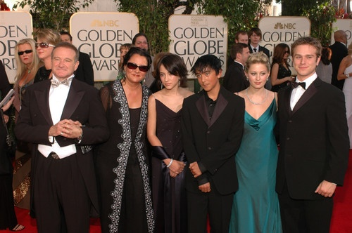 Robin Williams and Family arriving at the 62nd 2005 Golden Globe Awards - Red Carpet Moments ~ Robin Williams, 2nd wife Marsha Garces, their daughter Zelda Rae and son Cody Alan, and Zachary Pym Williams, son with 1st wife, actress and dancer, Valerie Velardi.