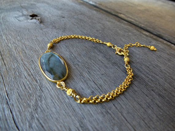 Friendship Bracelet- Labradorite Bracelet- Gemstone Bracelet, Stone Bracelet,  Gold Bracelet- Dainty Bracelet. So Cool Charms‬. ‪#Minimalist‬  #‪‎jewelry‬. #Bracelets. Just because less is more. https://www.etsy.com/shop/SoCoolCharms