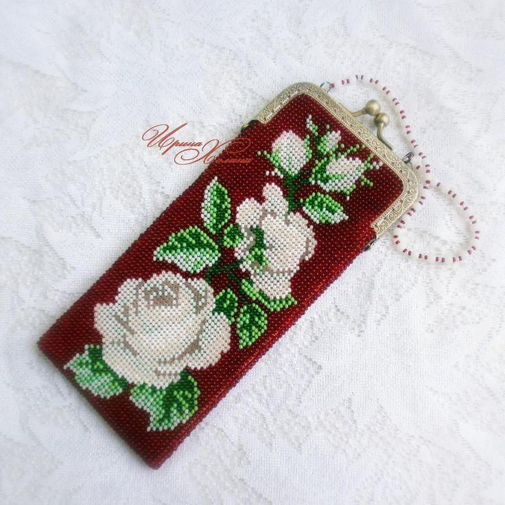 Очечник из бисера (футляр для очков) Розы белые цвели | biser.info - всё о бисере и бисерном творчестве