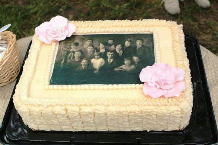 Family Reunion Cake - I have the picture