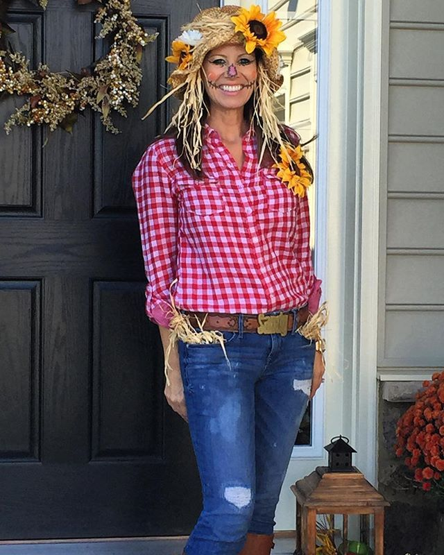 Pin for Later: 44 Practically Free Halloween Costumes to DIY Scarecrow